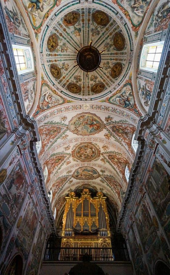 Потолок Больницы de los Venerables в Севилье, Испании стоковые изображения