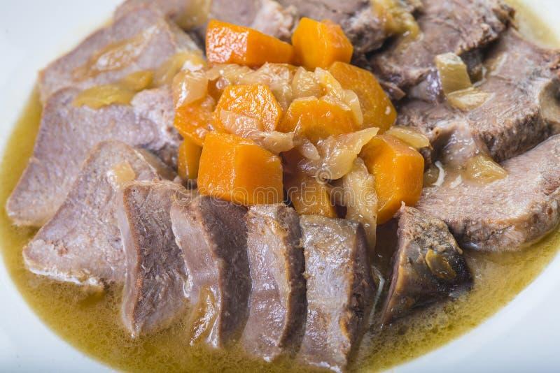 Потушенный стиль испанского языка языка свинины стоковые фотографии rf