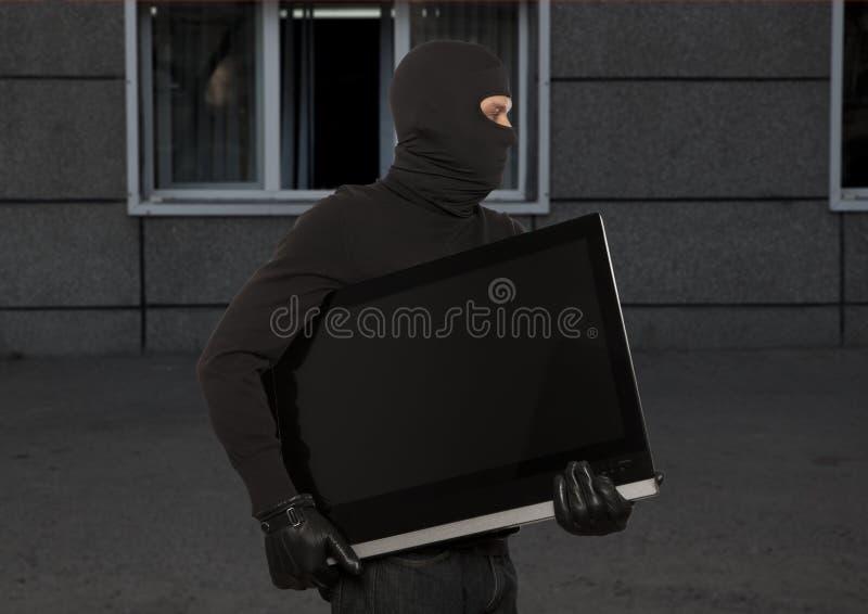 Похититель с балаклавой стоковое изображение rf