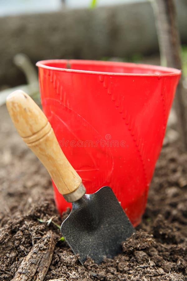 Почва с лопаткоулавливателем стоковое изображение rf