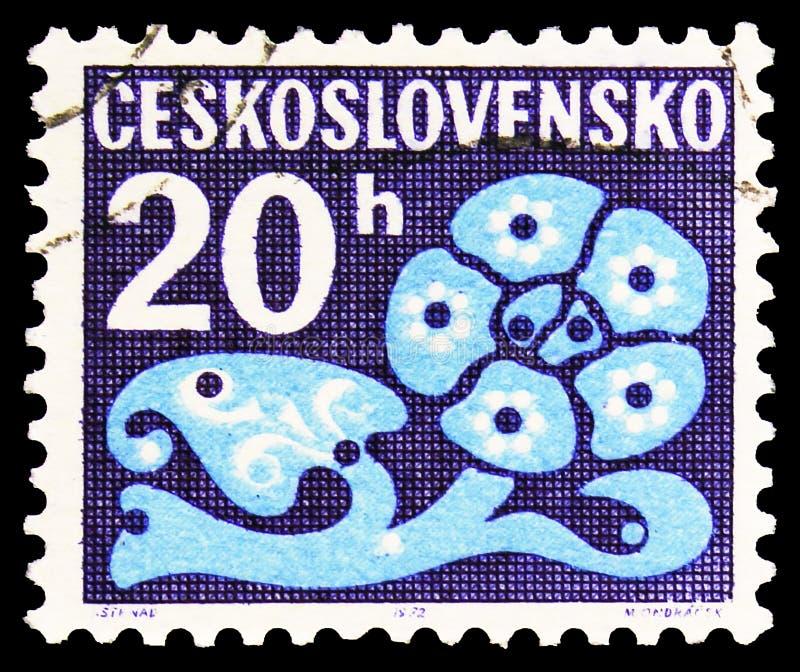 Почтовая марка, напечатанная в Чехословакии, показывает цветочные украшения, Postage Due serie, около 1972 года стоковая фотография rf