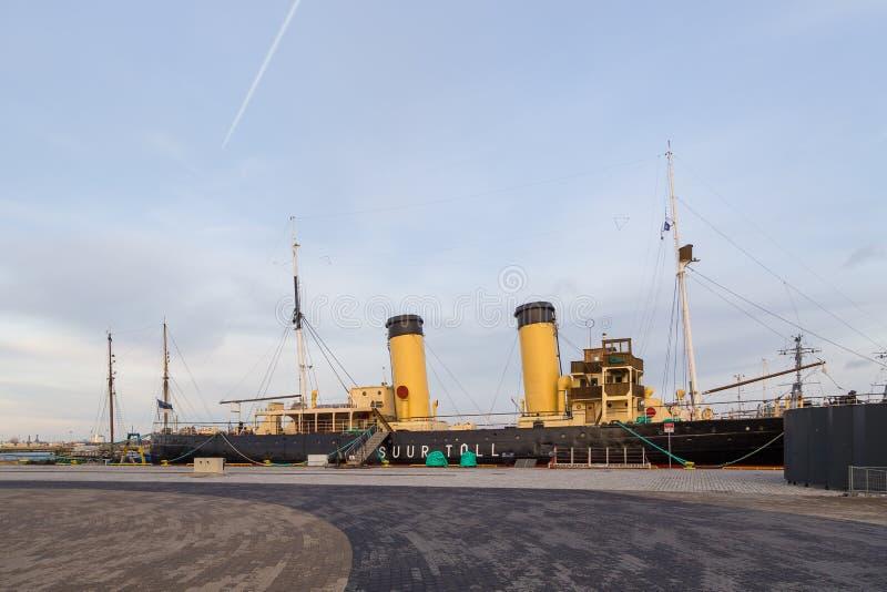 Пошлина Suur ледокола в гавани гидросамолета стоковые изображения