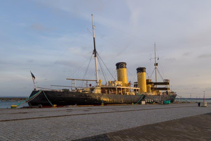 Пошлина Suur ледокола в гавани гидросамолета стоковое изображение