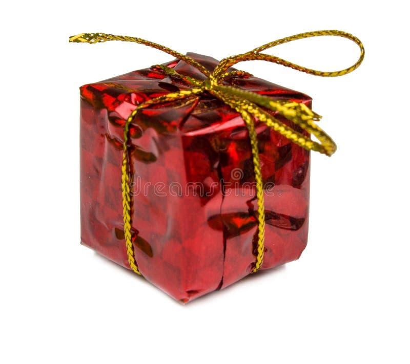 Подарки на рождество и игрушки изолированные на белой предпосылке стоковая фотография rf