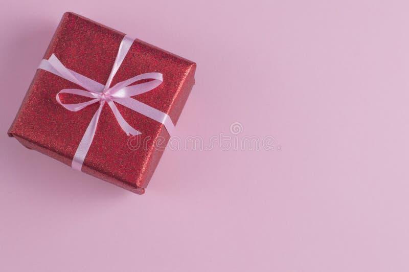 Подарок дня валентинок стоковые изображения rf