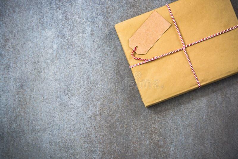 Подарок рождества для червя книги стоковые изображения