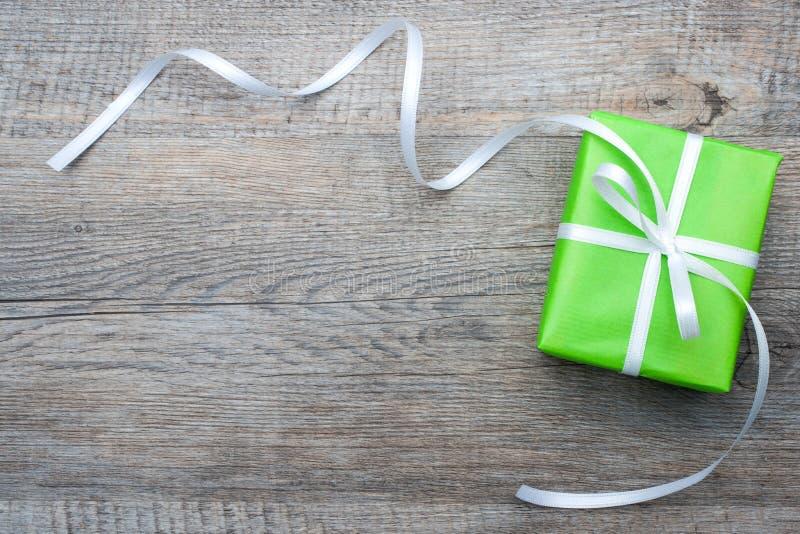 Подарочная коробка с смычком стоковая фотография rf