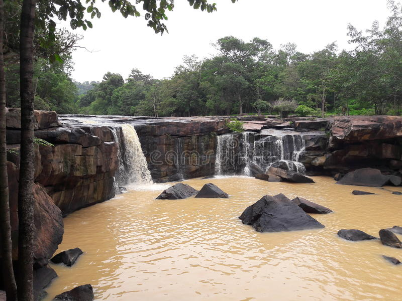 Подача воды в горы стоковое фото