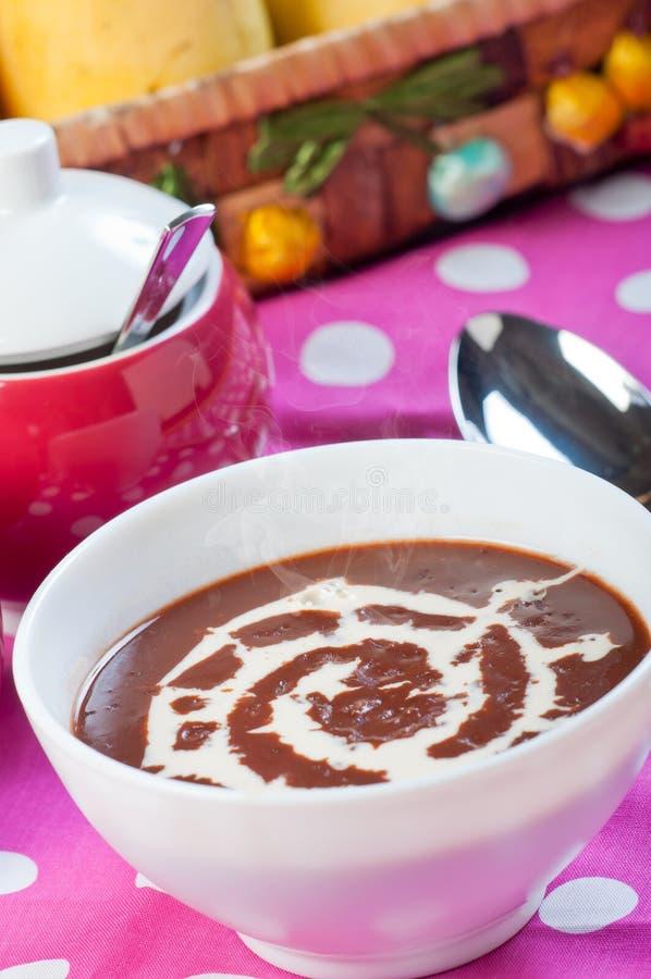 Каша риса горячего champorado или сладостного шоколада стоковое изображение rf