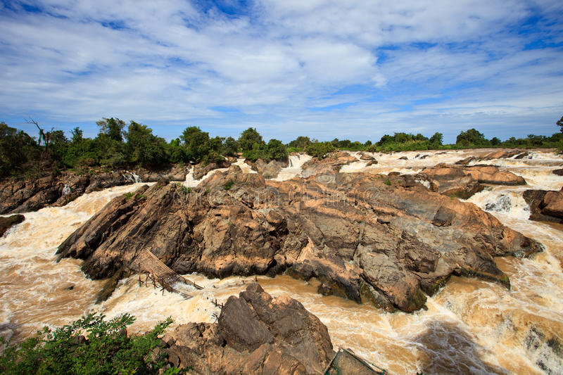 Подача падения Phi Li турбулентная в Меконг стоковые изображения rf