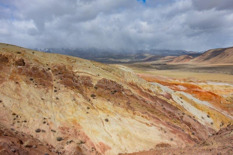 Подвергли действию геологохимические слои стоковое фото