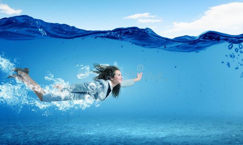 подводная женщина