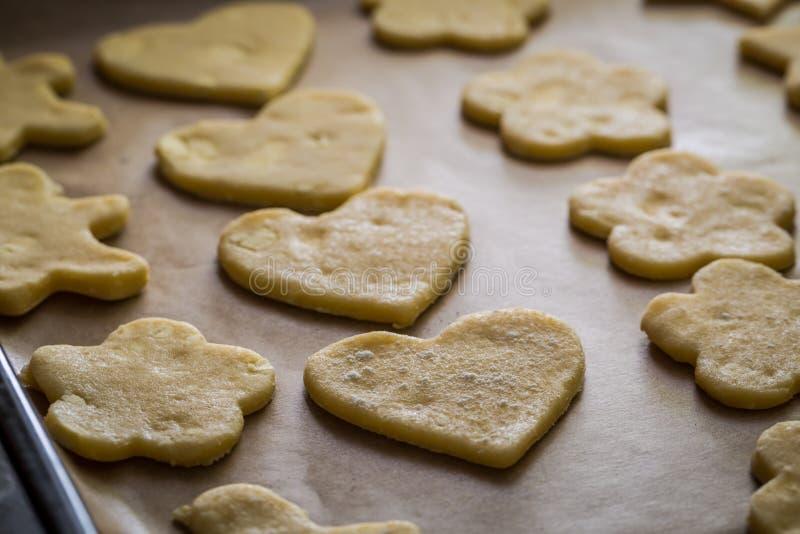 Подготовка для печь вкусные milky печенья стоковое изображение rf