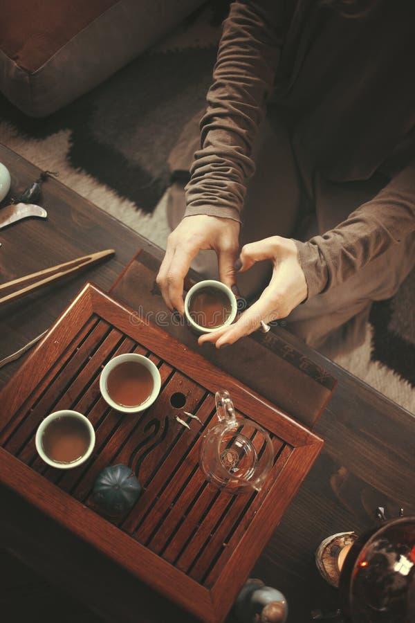 Подготовка для церемонии чая стоковая фотография rf