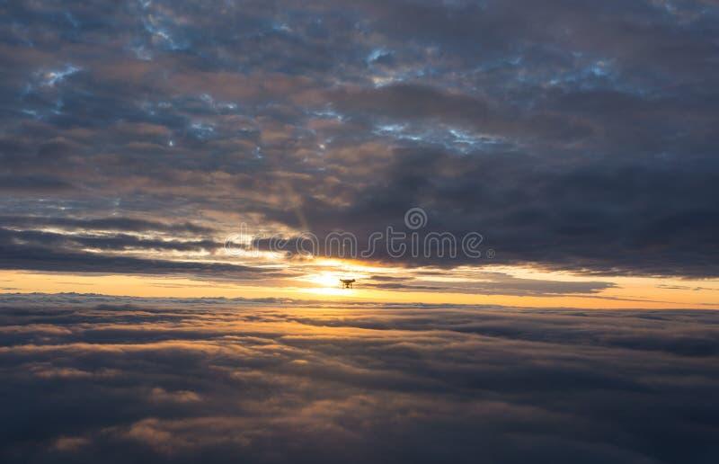 Полет восхода солнца стоковое изображение rf