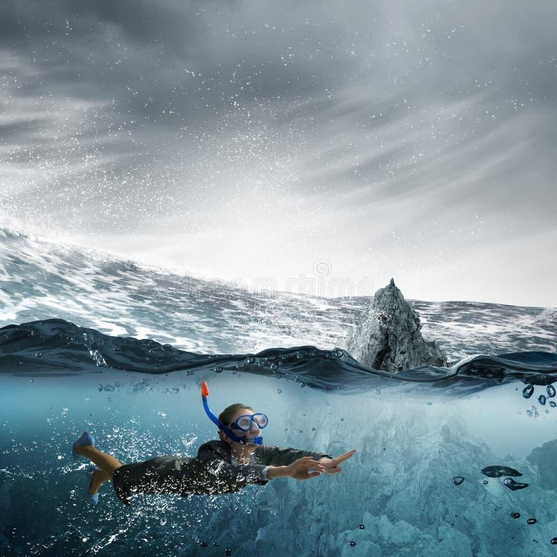 под женщиной воды стоковые фотографии rf