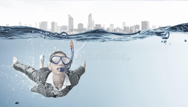 под женщиной воды стоковое изображение rf