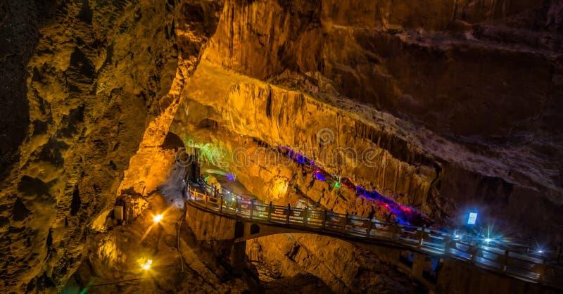 Подземный мост стоковая фотография rf