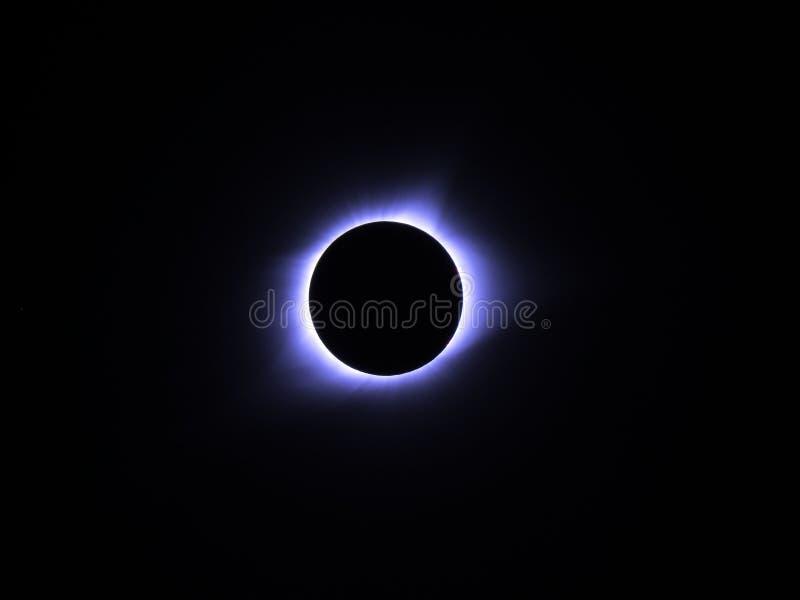 Полное явление лунного затмения стоковые фото