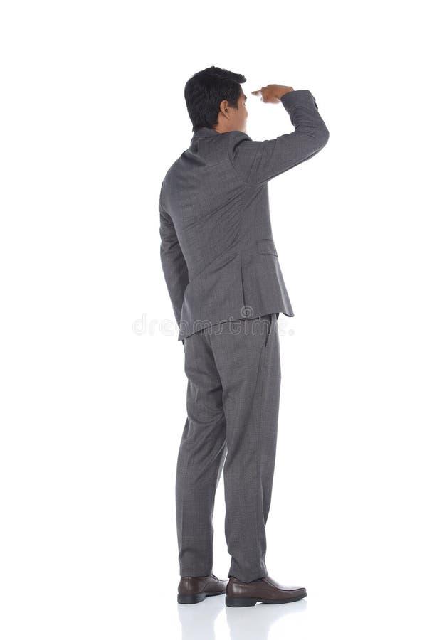 Полнометражная щелчковая диаграмма, стойка бизнесмена в сером костюме задыхается a стоковое изображение rf