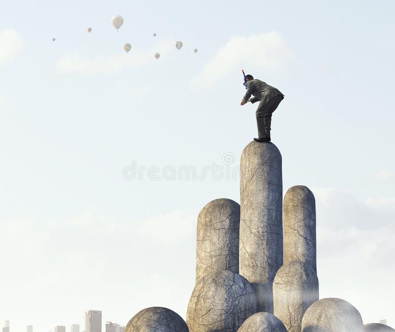 Download Подныривание бизнесмена от верхней части Мультимедиа Стоковое Изображение - изображение насчитывающей водолаз, сновидение: 81808611
