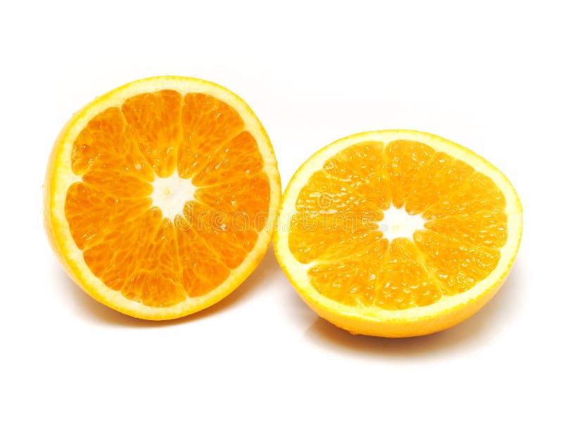 Download Половинный апельсин стоковое изображение. изображение насчитывающей плодоовощ - 33738715