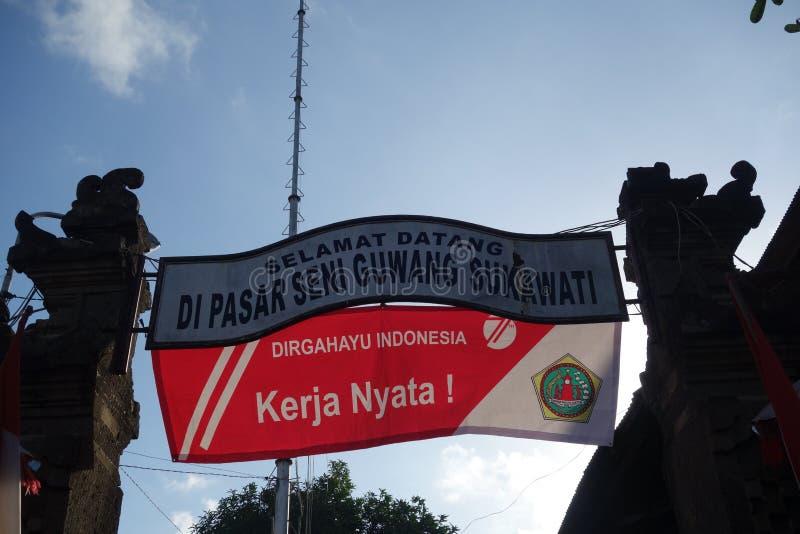 Положительный знак на индонезийском авиапорте стоковая фотография rf