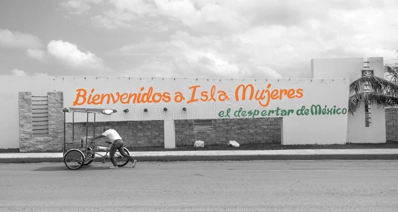 Положительный знак на Isla Mujeres, Мексике стоковые фотографии rf