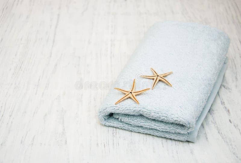 Полотенце ванны хлопка стоковое фото rf