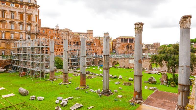 Download Под открытым небом музей - форум Traian в Риме Стоковое Фото - изображение насчитывающей европа, движение: 81808224