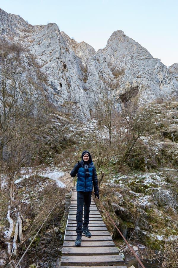 Подросток в зиме стоковое фото rf