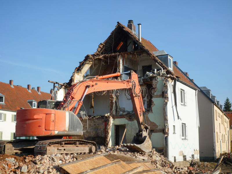 подрывание здания старое стоковое изображение rf