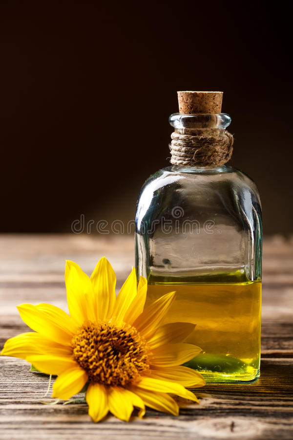 Подсолнечное масло стоковое фото