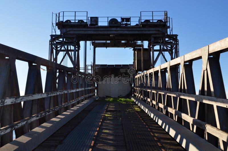 Подъем загрузки корабля стоковые фотографии rf