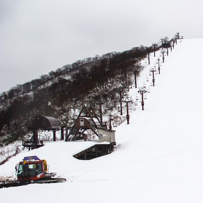 Подъем стула лыжи стоковая фотография