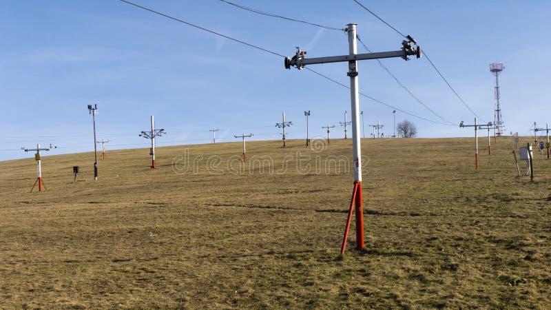 Подъем лыжи без снега стоковые изображения