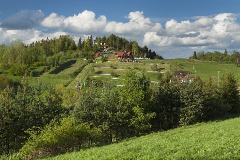 Download Польша, горы Pieniny, Palenica Стоковое Изображение - изображение насчитывающей утесы, долина: 40583885