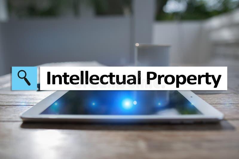 Права интеллектуальной собственности патент Дело, интернет и концепция технологии стоковые фотографии rf