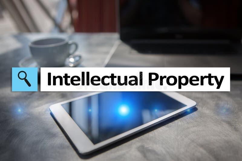 Права интеллектуальной собственности патент Дело, интернет и концепция технологии стоковое изображение rf