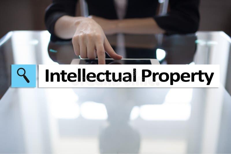 Права интеллектуальной собственности патент Дело, интернет и концепция технологии стоковое фото