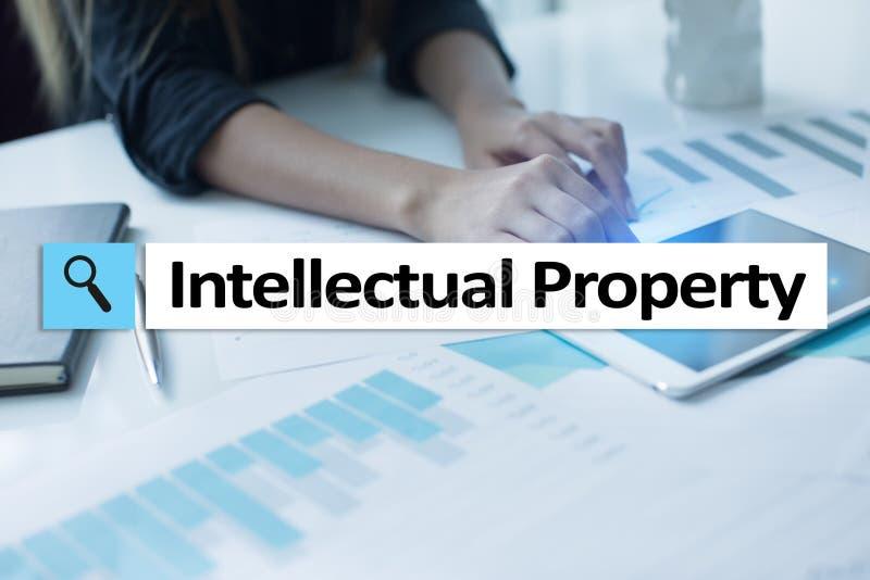 Права интеллектуальной собственности патент Дело, интернет и концепция технологии стоковые фото
