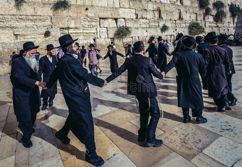 Правоверные еврейства в Иерусалиме стоковые фотографии rf