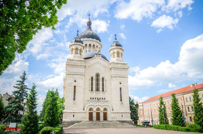 Правоверный собор в квадрате cluj-Napoca Avram Iancu стоковая фотография rf