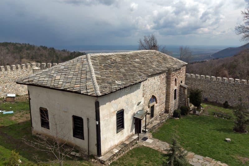 Правоверный средневековый St Kosma монастыря Kuklen и St Damyan стоковое изображение