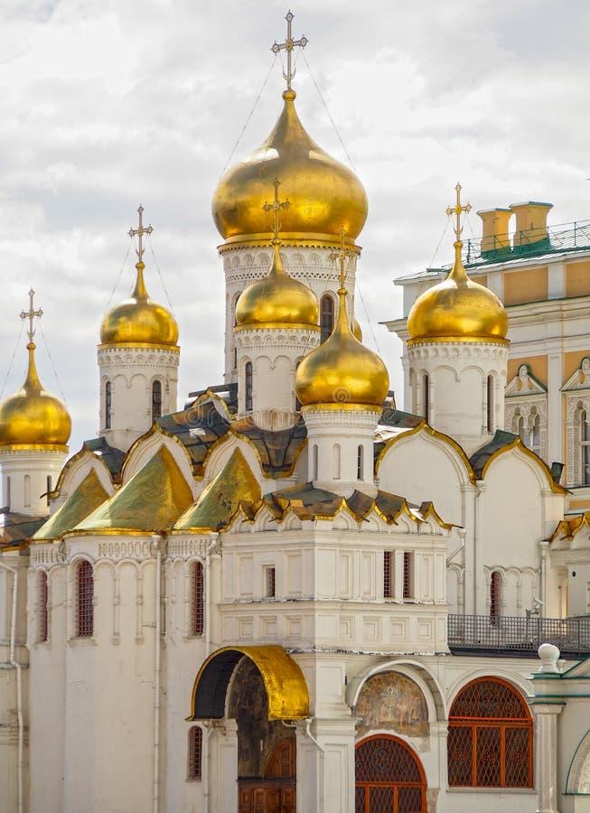 Православная церков церковь приданная куполообразную форму золотом Кремль Москва стоковая фотография rf