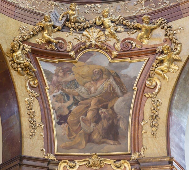 ПРАГА, ЧЕХИЯ - 12-ОЕ ОКТЯБРЯ 2018: Деталь St Mark евангелист в куполке Св.а Франциск Св. Франциск церков Assisi стоковые фото
