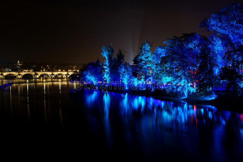 ПРАГА, ЧЕХИЯ - 17-ОЕ ОКТЯБРЯ: Фестиваль 2015 сигнала стоковая фотография rf