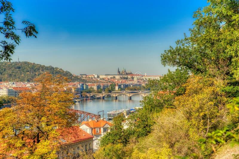 Прага Vysehrad и взгляд замка Праги стоковое изображение
