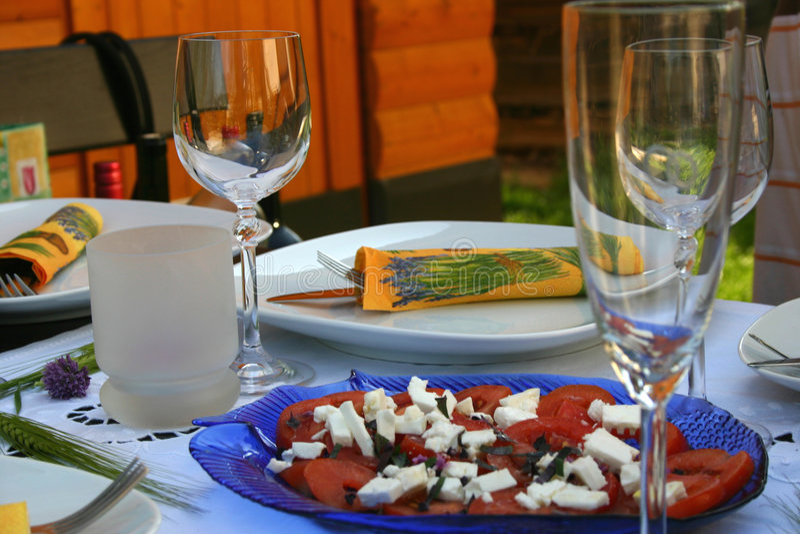 праздничная таблица салата стоковое фото rf