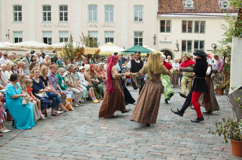 Праздновать дней средние возрасты в Tallinn стоковое фото rf